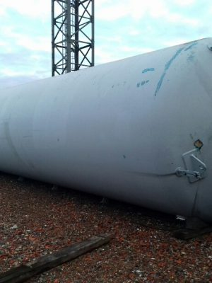Used carbon steel pressure vessel 4,5 Bar, interior  epoxy liner, dished borrom 6 legs