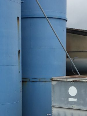 Used single walled steel tank with epoxy coating and flat bottom