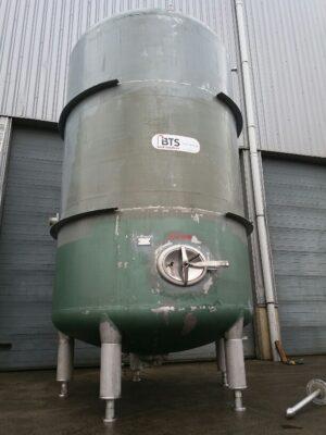 Vertical tank 23100 liters stainless steel 304 on 5 legs