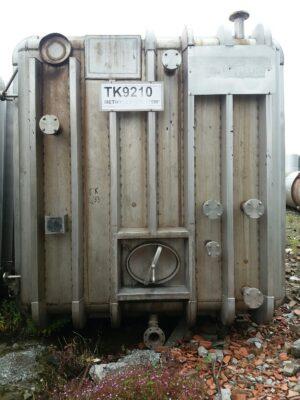 Rectangular tank 170m³, Flat inclined bottom, heating jacket