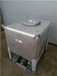 Used transport container 1000 liters Stainless steel with conical bottom