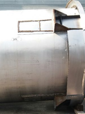 Used vertical tank 10000 liters stainless steel with agitator 5cv