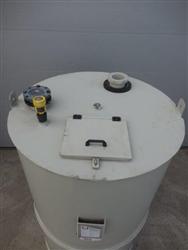 PP-H vertical tank, volume 2,0m3, density 10,0 kN/m³, conical bottom 45° on skirt
