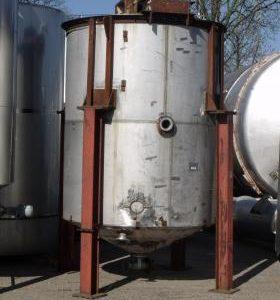 7,558 Litre, Mild Steel, Vertical Base Tank