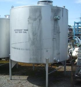 6,818 Litre, Stainless Steel, Vertical Base Tank