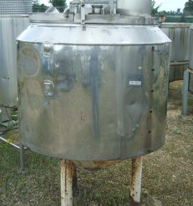 750 Litre, Mild Steel, Vertical Base Tank