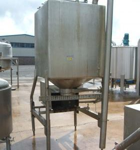 1,130 Litre, Stainless Steel, Vertical Base Tank