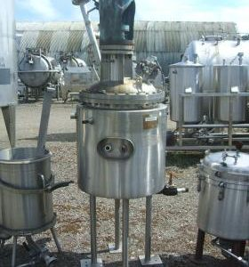 80 Litre, Stainless Steel, Vertical Base Tank