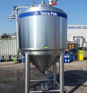 2,800 Litre, Stainless Steel, Vertical Base Tank