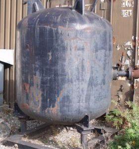 1,470 Litre, Mild Steel, Vertical Base Tank